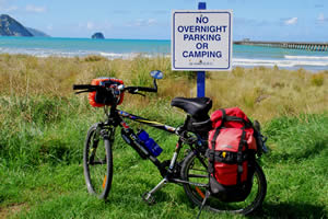 Cycling and road sign, No overnight parking or camping - Photographer: Roy Sinclair