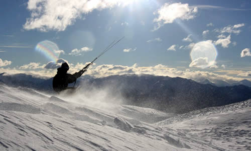 Snowkiting in the southern alps, South Island, New Zealand