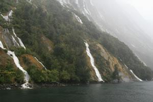 Milford Sound New Zealand - October - Photographer Daniella