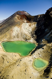 Emerald Lakes, explosion craters that have filled with mineral-rich water running down from the Red Crater thermal area. Photographer: Destination Lake Taupo