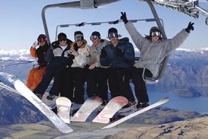 Lake Wanaka Skiing / Snowboarding - Photo by Lake Wanaka Tourism