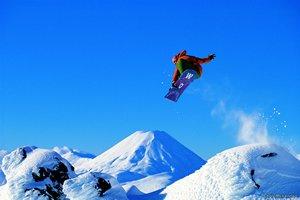 Whakapapa skifield on Mt Ruapehu New Zealand - Photographer: Chris McLennan