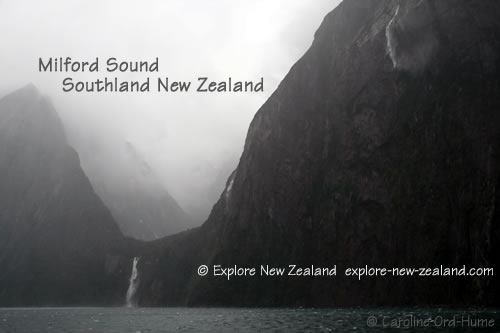 Milford Sound Cruise in the Rain, Fiordland, Southland New Zealand